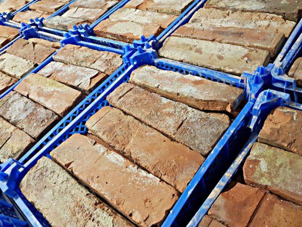 pakowanie cegły